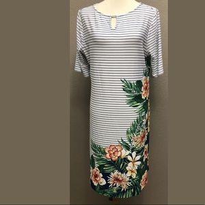 New Chicos Womens Striped Palm Keyhole Dress